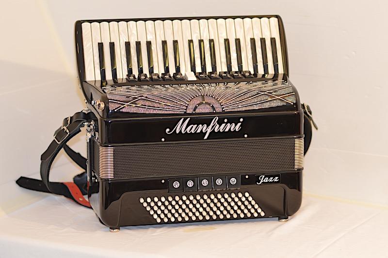 Manfrini Jazz 37 with Midi & Internal Microphones Image